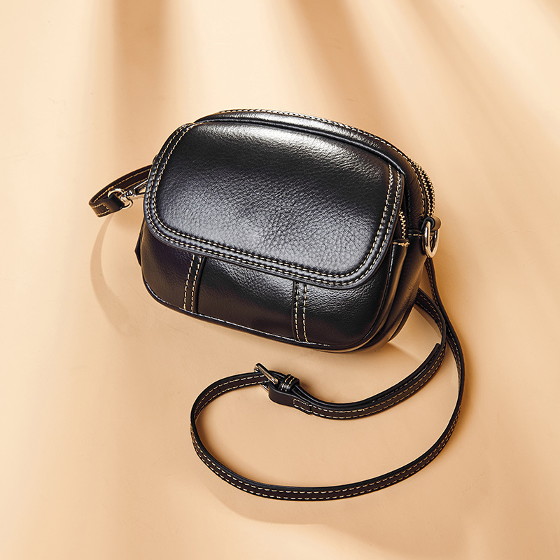 Summer On The New Small Bag Girl 2019 Fashion Small Round Bag Slanted One-shoulder Bag Leather Women's Bag