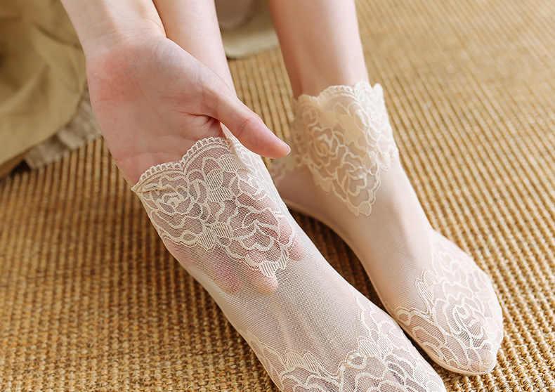 2019 moda kadın pamuk dantel Antiskid görünmez astar çorap elastik rahat kadın yaz bahar ayak bileği tekne düşük kesim kısa çorap