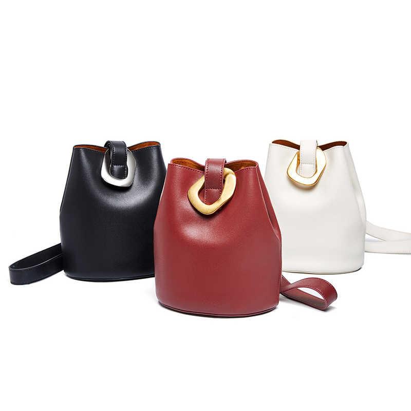 Neue Koreanische frauen Tasche Herbst und winter Mode Leder Eimer Trend Wilden Kreuz Körper Taschen für Damen mit Breite schulter Gurt