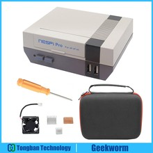 Nieuwe NESPi Pro Case met RTC Raspberry Pi 3 B + (Plus) NES FS Stijl Case Behuizing met Ventilator & Heatsinks Raspberry Pi 3 Model B +, 3B
