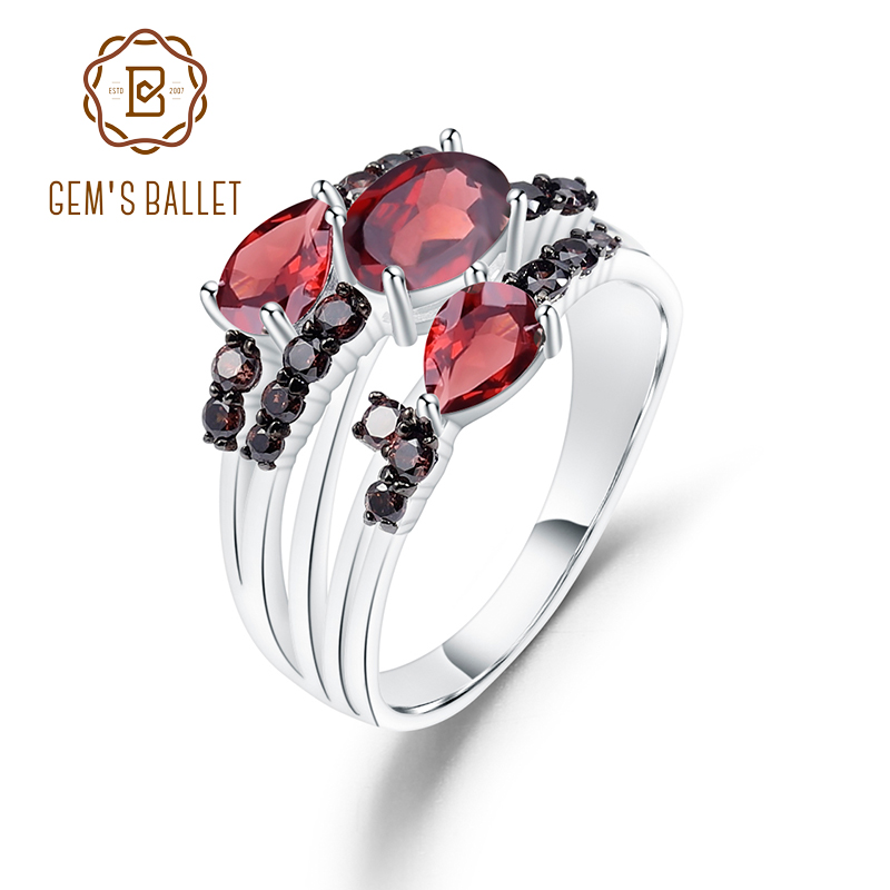 GEM'S BALLET 1.95Ct Natural Red Garnet Wedding Band Rings 925 Sterling Silver Three Stone Birthstone Ring For Women Fine Jewelry