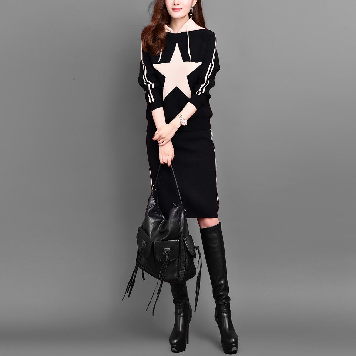 2019 New Long-sleeved Hooded Sweater + Bag Hip Skirt Two-piece T-knit Suit