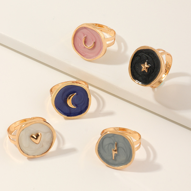 2020 New Female Rings Jewelry Womens Fashion Wedding Alloy Drop Oil Love Moon Lightning Round Finger Rings Gifts For Girls Party 1