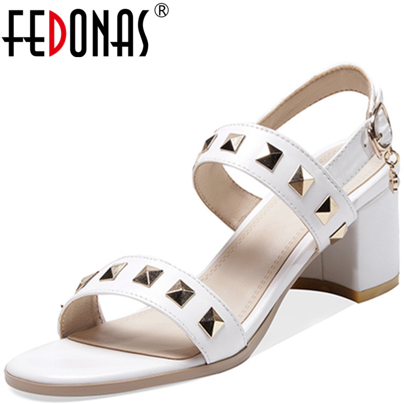 FEDONAS Women Pumps Cow Leather Party Shoes Prom Pumps Spring Summer Pearl Decoration Side Zipper Brand Sexy 2020 Shoes Woman
