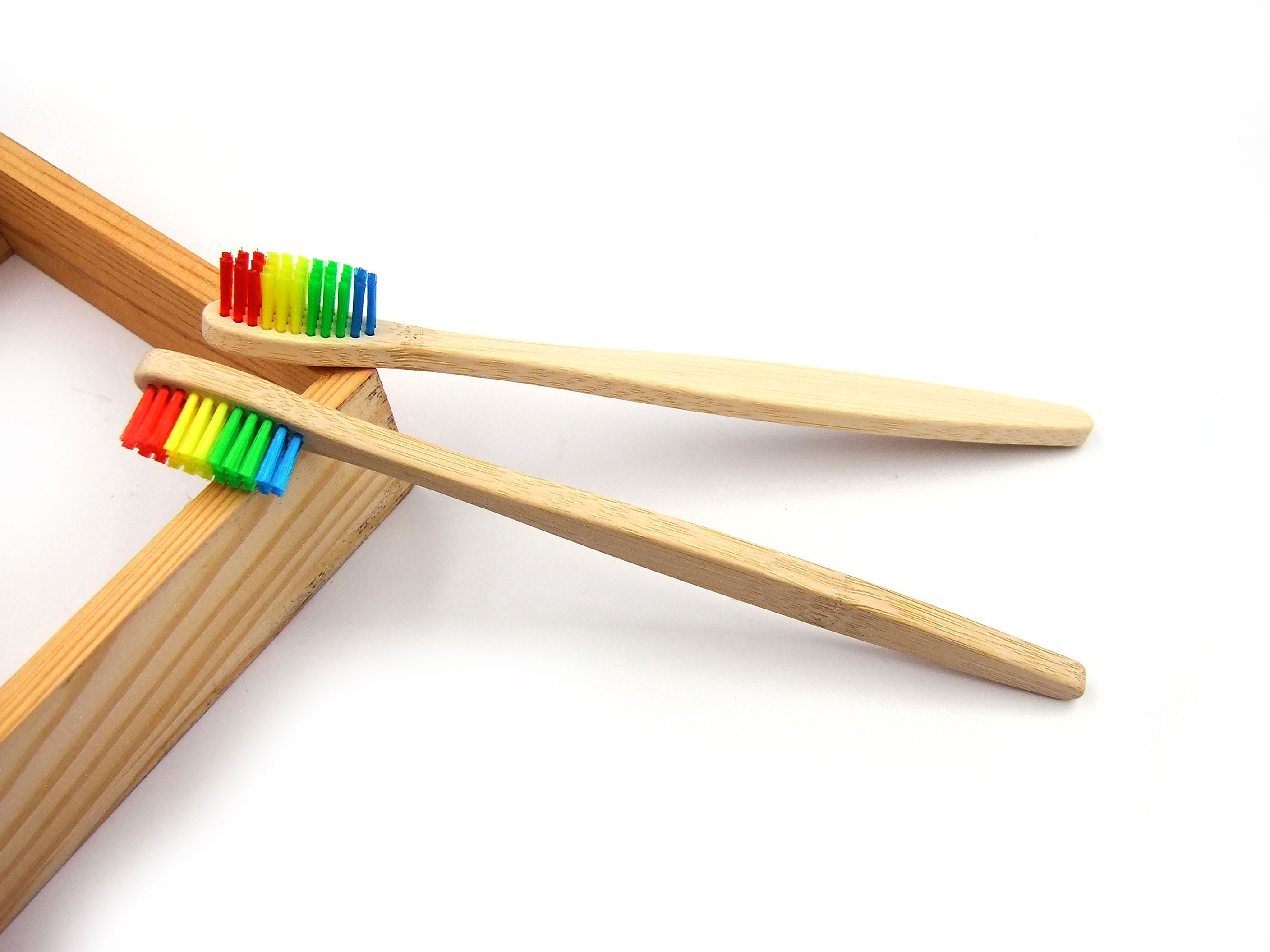 Wholesale Eco Friendly Adult Bamboo Toothbrush with Medium Bristles