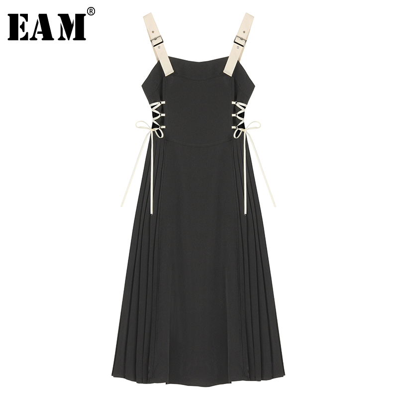 [EAM] Women Black Pleated Elegant Bandage Spaghetti Strap Dress New Sleeveless Loose Fit Fashion Tide Spring Autumn 2020 1S612