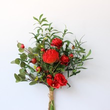 цена на Wedding Big Bouquet Artificial Silk Flower Bridesmaid Big Bouquet Red And White Wedding Supplies Table Decoration
