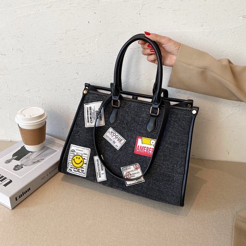 Autumn New On The New Niche Exclusive Design Handbag 2020 Tide Fashion Foreign Magnanimous Wild Small Square Women Bag