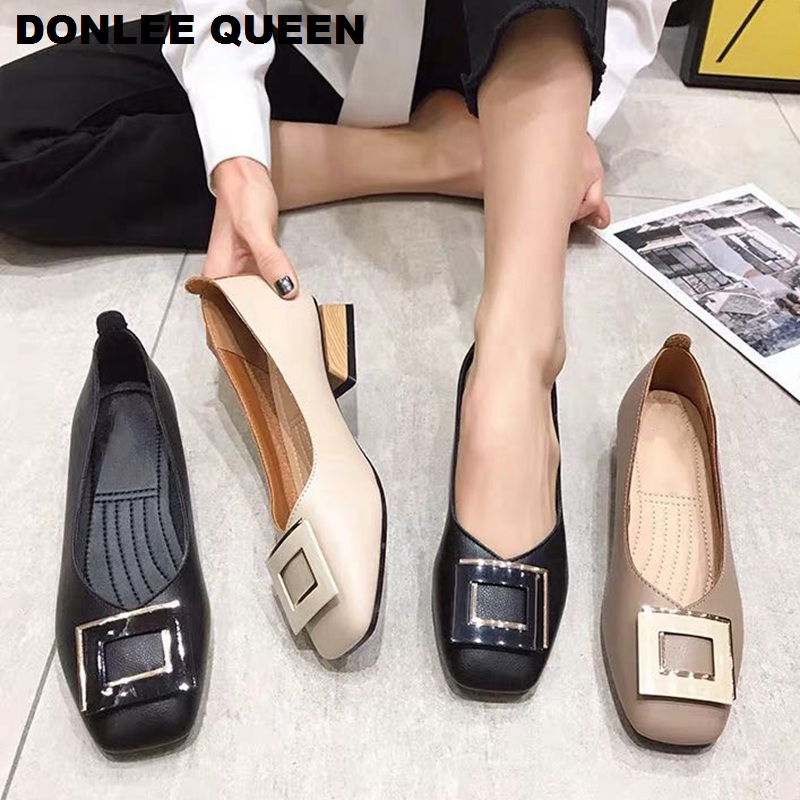 Fashion Metal Buckle Flats Casual Shoes Women Square Toe Low Heel Loafer Women Slip On Soft Moccasin Female Shoes Big Size 35-41