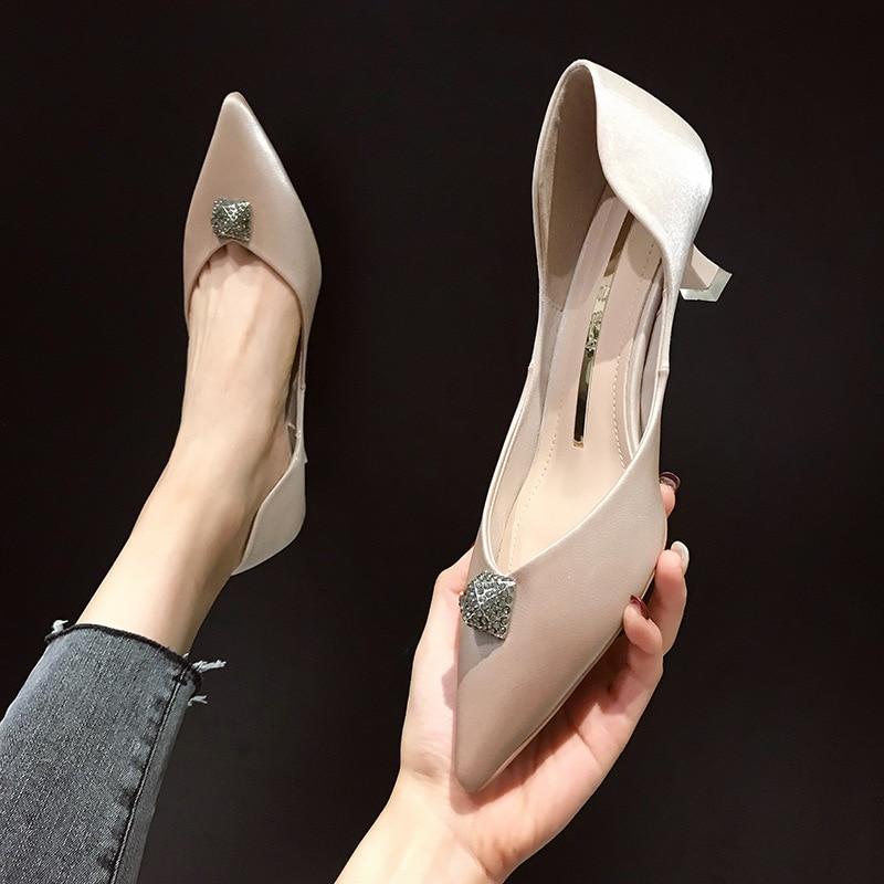 2019 nouveau tempérament Sexy mode unique chaussures femme talon haut 5 Cm verre à vin avec talon aiguille chaussures à talons bas