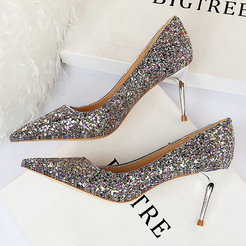 Rhinestone Women Shoes Sexy High Heels Pointed Women Shoes Pumps Women Heels Bling Bridal Wedding Shoes Ladies Plus Size 42 43