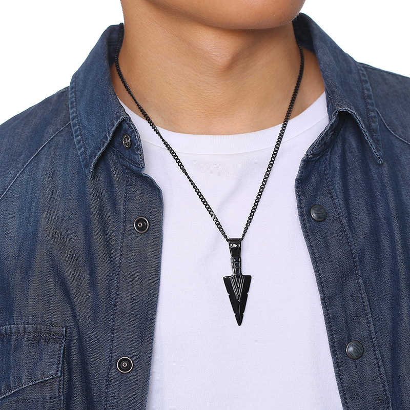 Mens Stylish Vintage Arrow Pendant Necklace Multi-Color Stainless Steel Male Rock Punk Party Daily Wear Gifts Jewelry