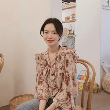 цены на women chiffon shirt blouse Pleated Lantern Sleeve Tie Chiffon Blouse Top bandage  blusas femininas elegante  lace top  vintage  в интернет-магазинах