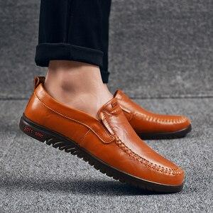 Image 5 - Мужская повседневная обувь из натуральной кожи, мягкие мокасины, коричневые лоферы, большие размеры 47, уличная удобная обувь для вождения без застежки