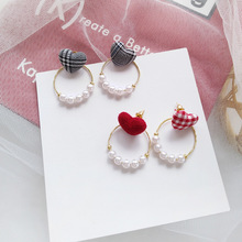 Sweet girl day Korean white black heart cloth asymmetric love earrings temperament female pearl