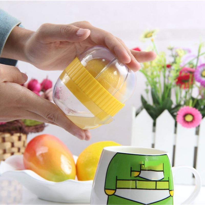 Hot Sale Mini Juicer Fruit Press Squeezer Plastic Juicer Juice Lemon Manual Citrus Lemon Orange Juicer Random Color