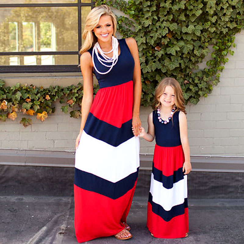 Summer Mommy And Me Clothes Family Matching Outfits Mother Daughter Dress Sleeveless Striped Long Dress Mum Sister Girl Clothes