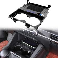 Araba hızlı kablosuz şarj aleti yuvası için cep telefonu fit for Mazda3 2020 çıkış 10W QC 3.0