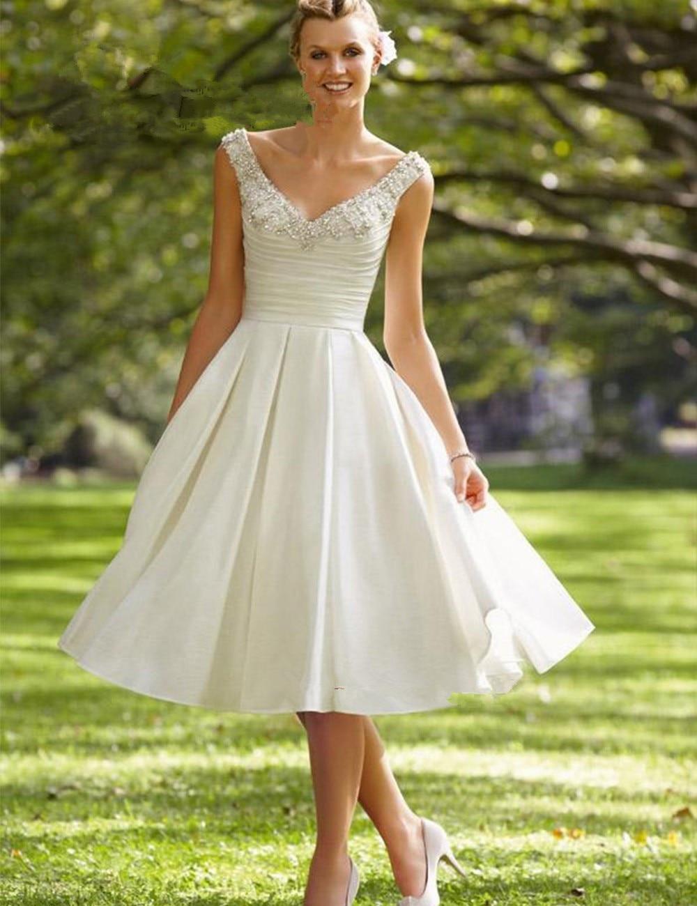Vestido De Noiva Curto Modest Ivory Short Knee Length Crystal Beaded Satin V Neck Back Casamento Bridal Gown Bridesmaid Dresses