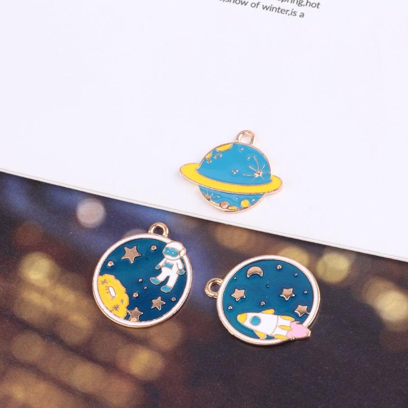 10 шт diy ювелирные аксессуары Япония и Южная Корея планета космонавты Женская Студенческая Мода Дикие Серьги Подвески Материал