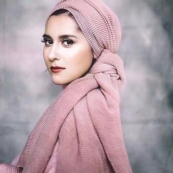 95*180cm Muslim women rippled hijab Scarf Ladies Shawls and Wraps Female Foulard Hijab Stoles islamic soft cotton headscarf 2019 women spring autumn scarf fashion balinese cotton linen scarves shawls and wraps lady foulard flower hijab stoles wholesale