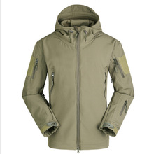Outdoor Tactical Sports Composite Soft Shell Jacket Windproof Waterproof Camouflage Warm Warm Fleece Jacket For Male цена
