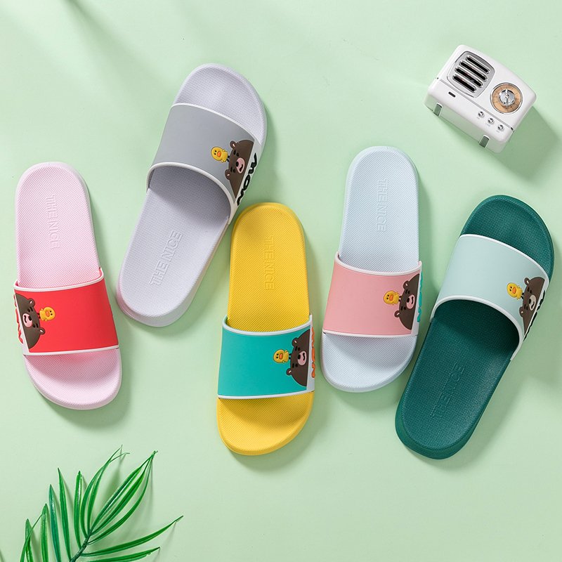 TZLDN 2020 Couple Indoor PVC Home Hotel Sandals & Slippers Women Cute Bear Summer Non-slip Bathroom Home Slippers Wholesale