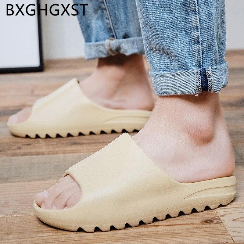 Rubber Slippers Designer Shoes Men Slides House Slippers Beach 2020 Eva Shoes Brand Bathroom Slippers Men Summer Shoes Fashion