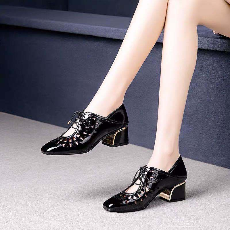 2020 New Two Wearings Women Mid Heels Square Toe Office Lady Work Shoes Thick Heel Front Hollow Out Lace-up Black White