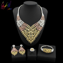Yulaili High Quality Dubai Gold Jewelry Sets Tricolor Leaf Shape Crystal Big Necklace Earrings African Nigeria Wedding Jewellery