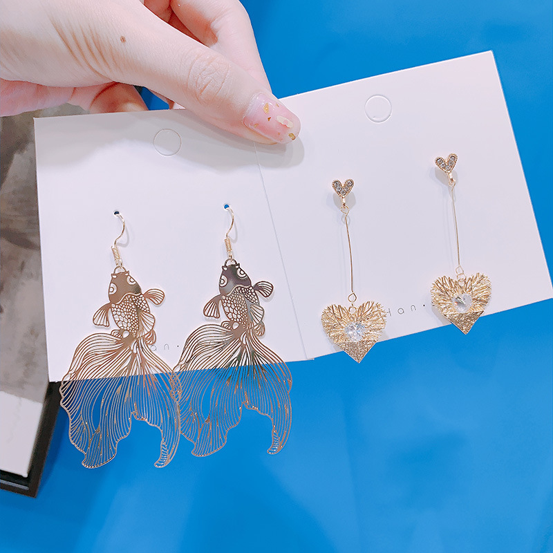 Chinese Style Personality Vintage Goldfish Metal Rhinestones Love Dangle Earrings Fashion Temperament Ladies Jewelry Accessories