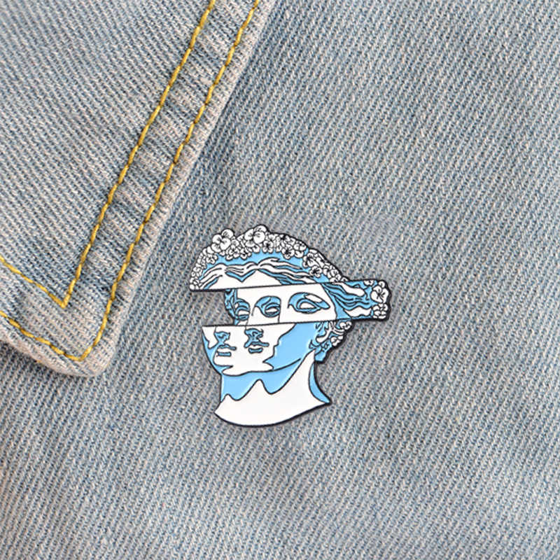 Kartun Rambut Patung Enamel Pin Biru Bunga Tas 1PC Sarung Tangan Syal Gaun Topi Bros Kerah Pin Rok Patung Klasik bros