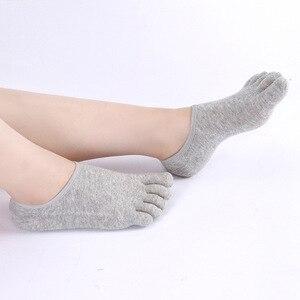Image 1 - 10 쌍 남성 양말 얕은 입 보이지 않는 다섯 손가락 양말 비 슬립 면화 짧은 양말 다섯 toed 남성 양말 새로운 고품질