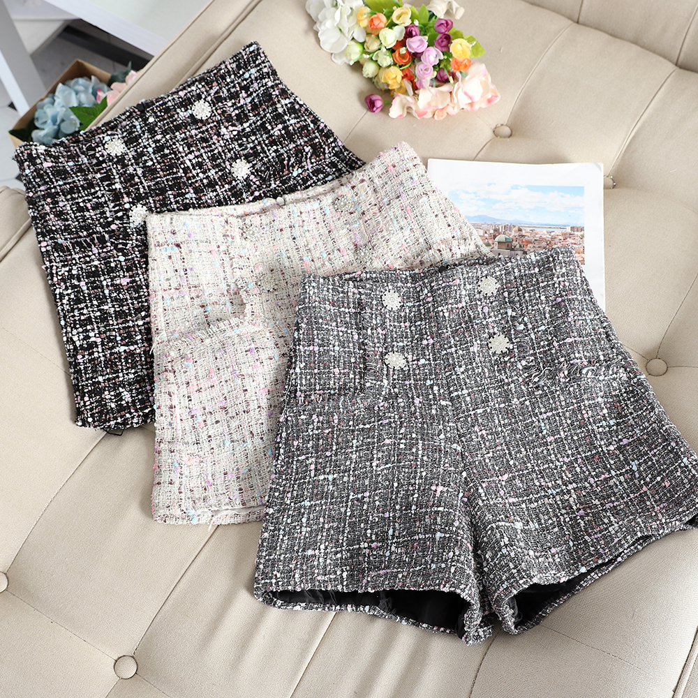 Casual Women A-line Short Pants New 2019 High Waist Plaid Wool Shorts Pants Stylish Ladies Loose Winter Warm Short Trousers