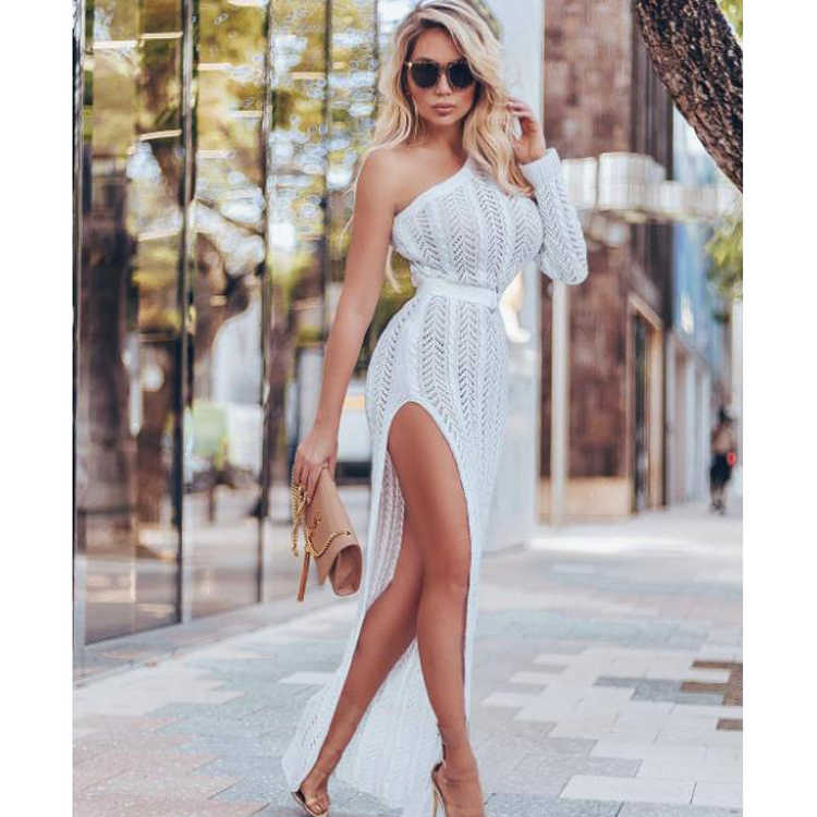 2020 Knitted Beach Dress Crochet Sexy Cover Up Tunics Long Kimono Summer Pareos Praia Party Elegant Beachwear Women Solid Cotton