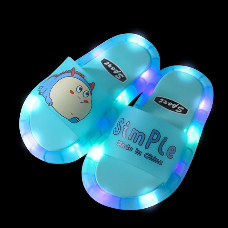 2021 Footwear Luminous Jelly Summer Children's LED Slipper Girls Slippers PVC Non-slip  Beach Sandals Kids Home Bathroom Blue