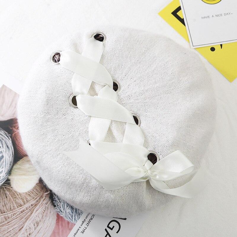 Шерстяные женские Зимние береты, роскошные бархатные винтажные кашемировые женские теплые модные береты, шапки для девушек, плоская кепка, берет для женщин - Цвет: Белый