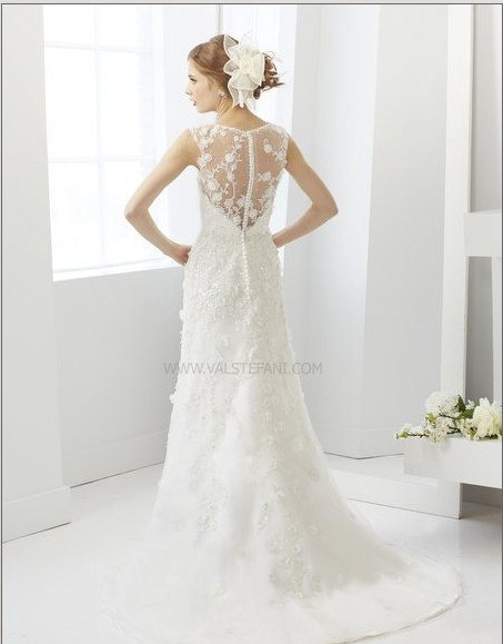 Free Shipping New Fashion 2016 Legant Vintage Finished Tulle White Cap Sleeve Lace Wedding Dresses Beaded Crystal Brida Gowns