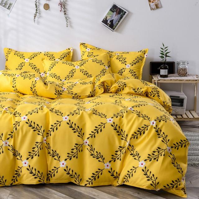 Classic Bedding Set Yellow Floral Lattice