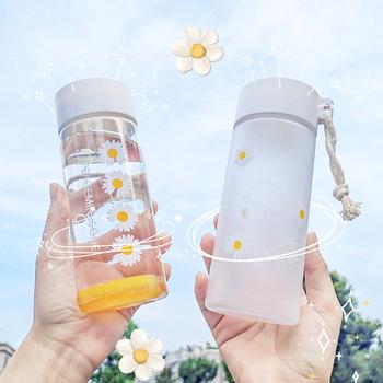500Ml śliczne Daisy matowe plastikowe butelki na wodę Bpa bezpłatne kreatywne przezroczysty kubek z liny podróży herbata butelka do picia wody 2021 tanie i dobre opinie CN (pochodzenie) Z tworzywa sztucznego dla dorosłych Ekologiczne Na stanie Cute daisy water bottle Bezpośrednie picie