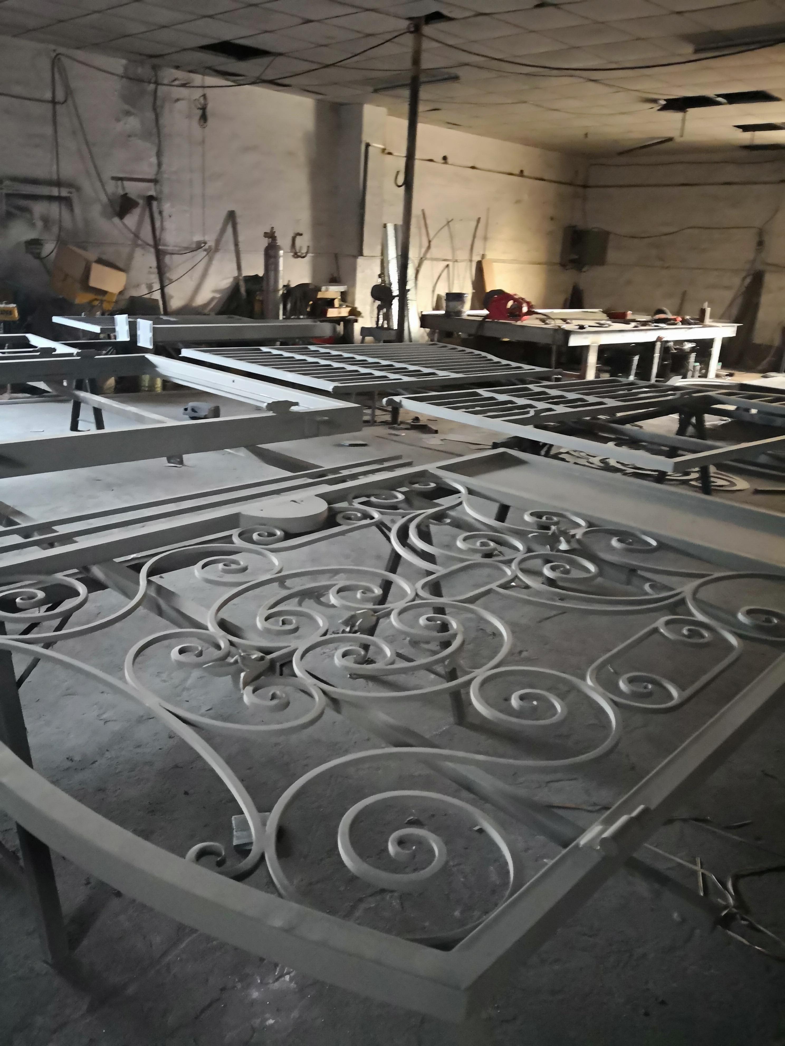 Shanghai Hench Brand China Factory 100% Custom Made Sale Australia Forged Iron Doors
