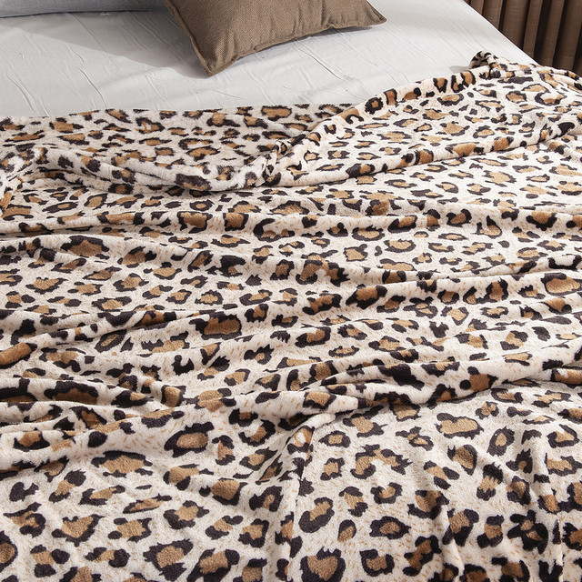 Thin Soft Leopard Print Blanket