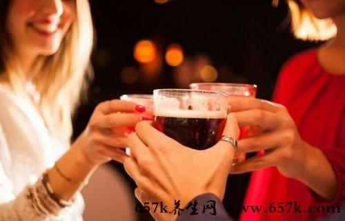 喝酒的危害 常喝酒对口腔有大伤害