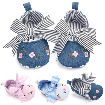 2020 Floral Embroidery Baby Shoes for Newborn Baby Girl Striped Bow First Walker Soft Soles Cute Toddler Anti-Slip Princess Shoe недорого