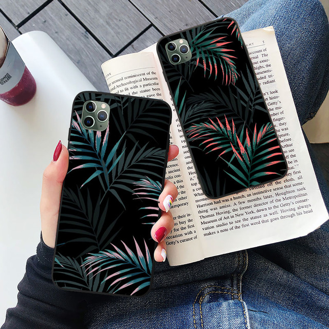 Hot Art  Banana Leaf Phone Case For iPhone 12 11 Pro Max XR XS Max 6S 7 8 Plus X SE 2020 Luxury Soft  Silicone Back Cover Cases 3