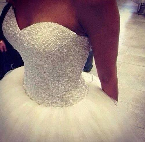 2016 New Custom Made Real Sample Tulle With Pearls Sweetheart Open Back Ball Gown Big Train Wedding Dresses Bridal Gowns