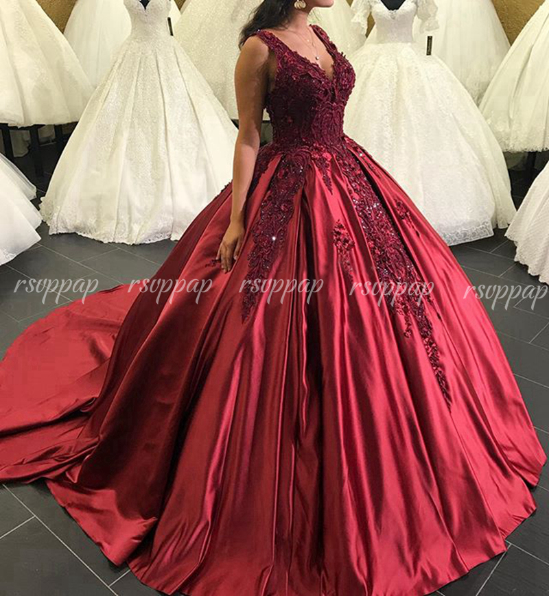 Luxury Long Quinceanera Dresses 2019 Puffy Princess Ball Gown V-neck Sweet 16 Party Sixteen Beaded Burgundy Quinceanera Dress