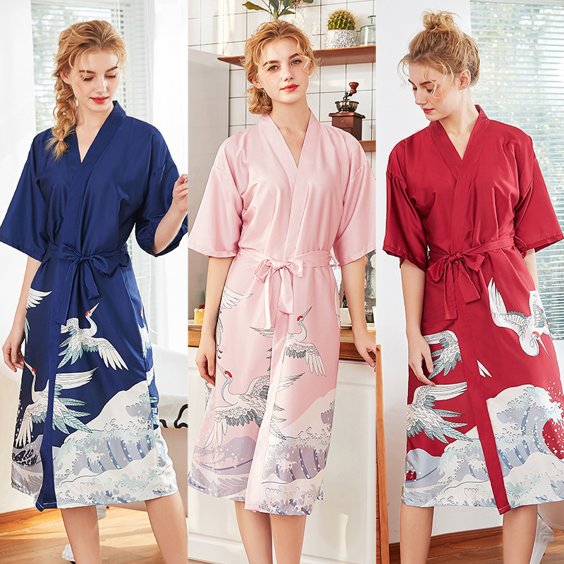 Hot Selling Silk Marriage Pajamas Women's Spring And Summer Long Bridesmaid Red Bride Morning Gowns Home Women's Robes Wp1087