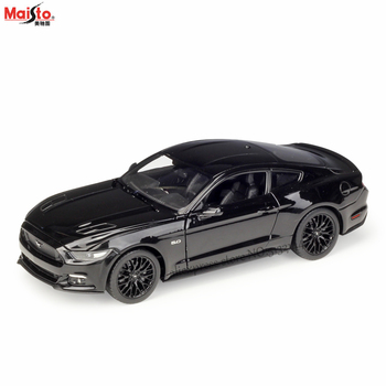 Maisto 1:24 2005 Ford Mustang GT simulation alloy car model crafts decoration collection toy tools gift 1 18 ford mustang gt car diecast car model for gifts collection hobby