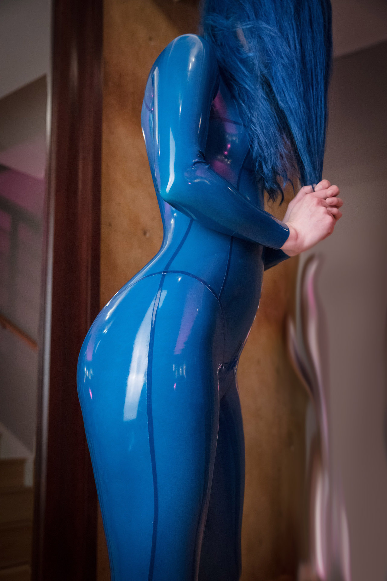 0.3mm Thickness Fetish Latex Catsuit Women's Transparent Blue Latex Zentai With Back Zip To Abdomen